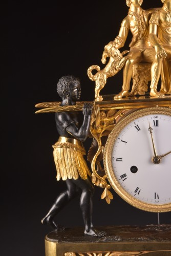 A magnificent Empire mantel clock portraying Paul an Virginie, (1800-1805) - Empire