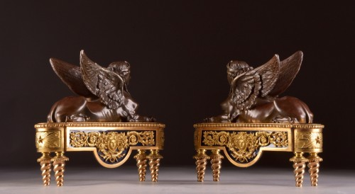 Antiquités - Pair of chenets, decorated with Sphinx
