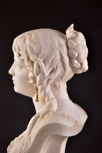 Antiquités - César CERIBELLI (1841-1918), Carrara marble female bust