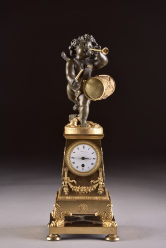 """High qualiy French Empire clock """"Putto with drum and flute"""" - Horology Style Empire"""