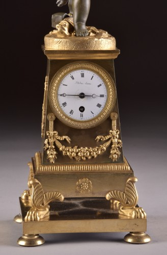 """Horology  - High qualiy French Empire clock """"Putto with drum and flute"""""""