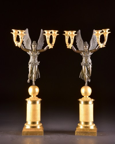 Exceptionally fine pair French figural bronze Empire candelabra - Lighting Style Empire