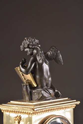 19th century - A French Empire mantel clock with putti