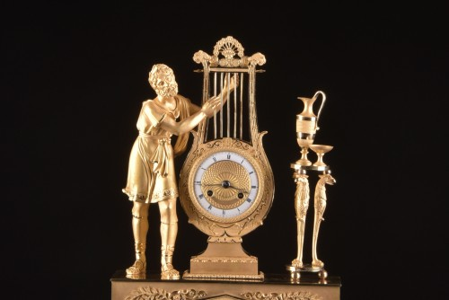 "A France Empire pendule, ""Apollo play Lier"" - Horology Style Empire"
