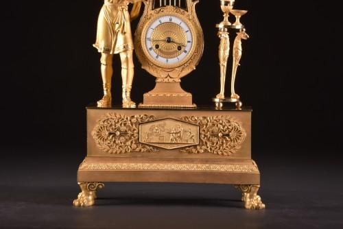 """Horology  - A France Empire pendule, """"Apollo play Lier"""""""