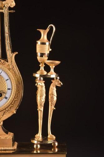 """19th century - A France Empire pendule, """"Apollo play Lier"""""""