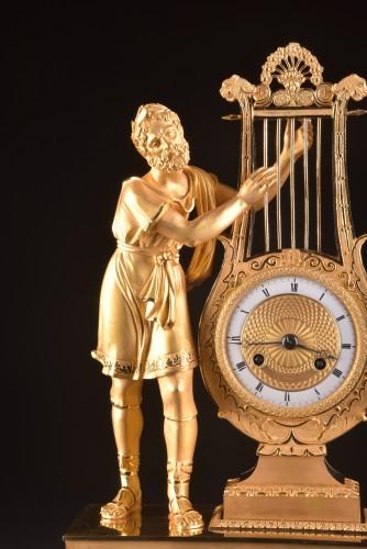 """A France Empire pendule, """"Apollo play Lier"""" - Empire"""
