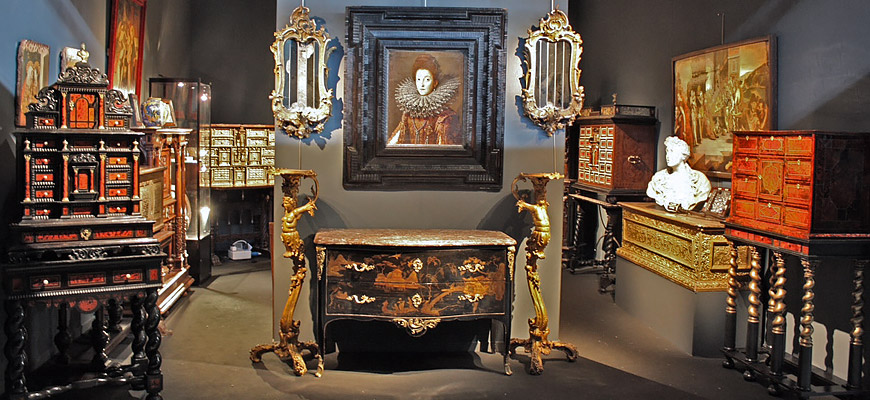 antiquit s promenade antique dealer anticstore. Black Bedroom Furniture Sets. Home Design Ideas