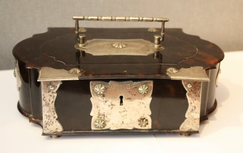 A Dutch colonial silver-mounted tortoiseshell casket, 18th century