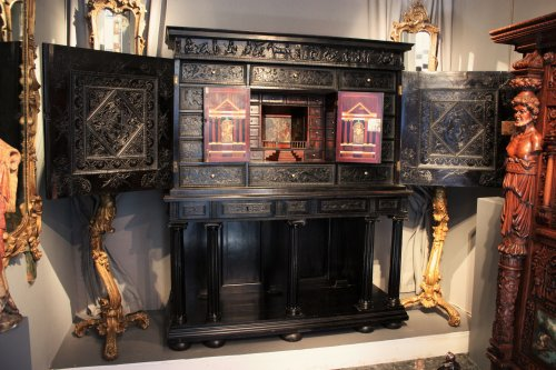 A 17th century carved ebony and ebonized wood cabinet, Paris - Furniture Style Louis XIII