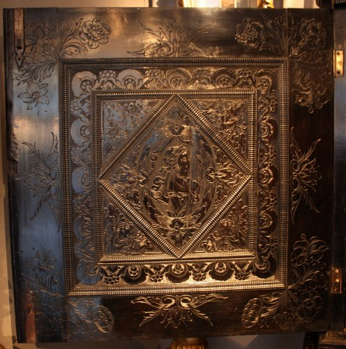 Antiquités - A 17th century carved ebony and ebonized wood cabinet, Paris