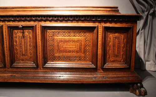 A late 15th century inlaid walnut chest cassone, Florence - Furniture Style