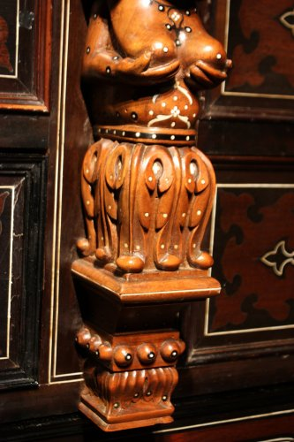 Furniture  - A 19th c. Indo-portuguese ebony and padouk inlaid chest of drawers