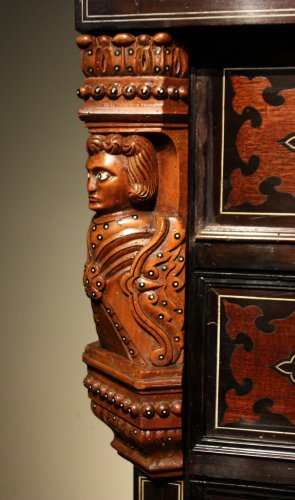 19th century - A 19th c. Indo-portuguese ebony and padouk inlaid chest of drawers