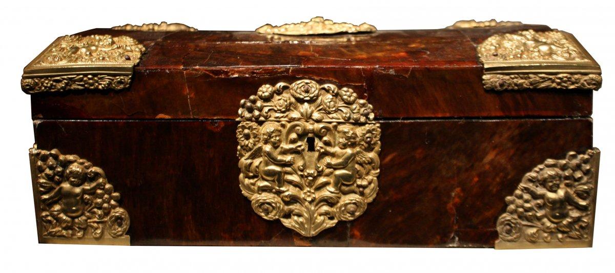 Coffret en écaille de tortue, Anvers, époque Louis XIV - XVIIe ...