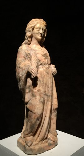 A 14th century Cologne marble carved figure of a female saint - Sculpture Style Middle age