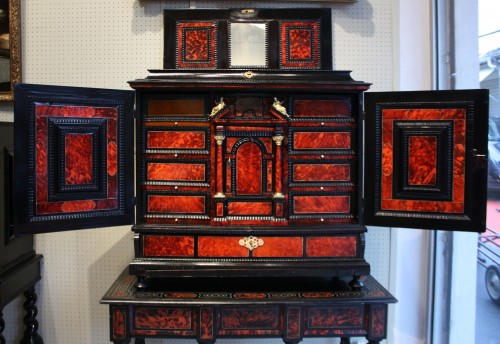 A 17th c Antwerp tortoiseshell cabinet - Furniture Style