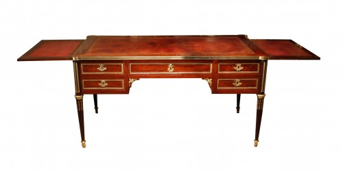 18th century Louis XVI Mahogany Bureau plat stamped G. DESTER - Furniture Style Louis XVI