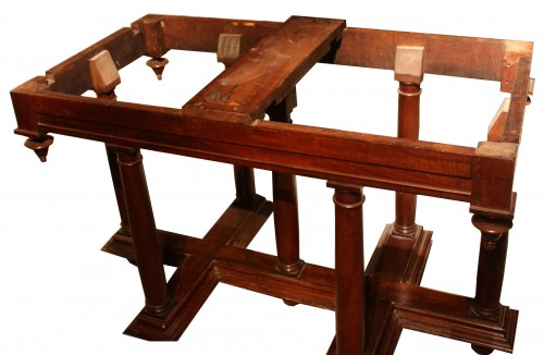 16th Century Renaissance Walnut Table - Furniture Style Renaissance