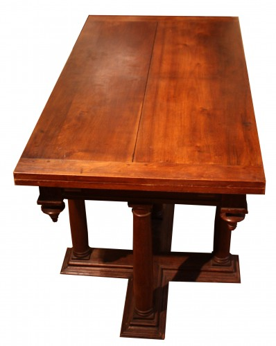 Furniture  - 16th Century Renaissance Walnut Table