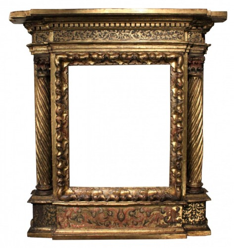 Italian Renaissance giltwood frame tabernacle