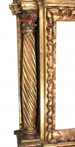 Italian Renaissance giltwood frame tabernacle  - Decorative Objects Style Renaissance