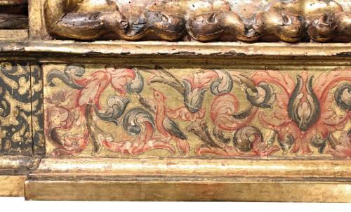 Decorative Objects  - Italian Renaissance giltwood frame tabernacle