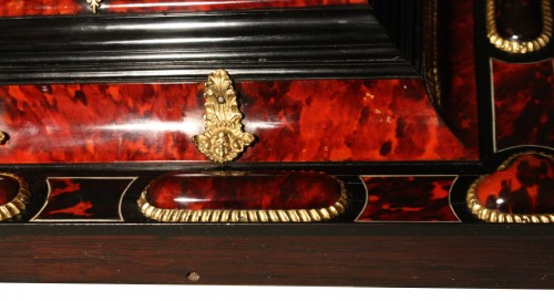 17th century - 17th Century Antwerp Tortoiseshell And Ebony Mirror