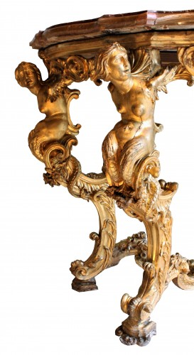 Furniture  - Early 18th c. Florentine carved giltwood console table