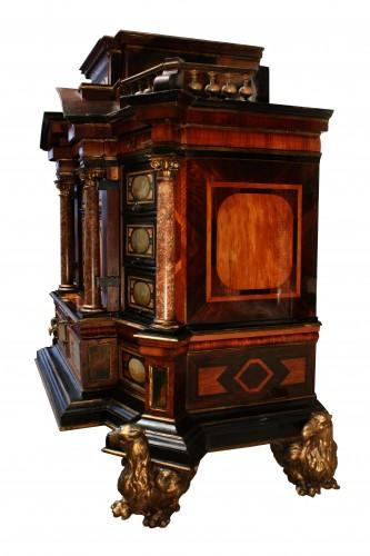 A 17th c. Augsburg hard stones inlaid cabinet -