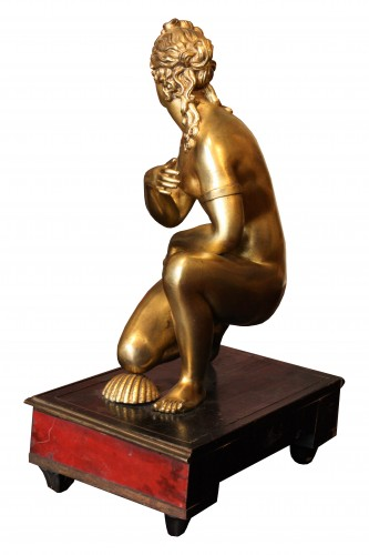 Late 17th C. Gilt Bronze Crouching Venus - Louis XIV