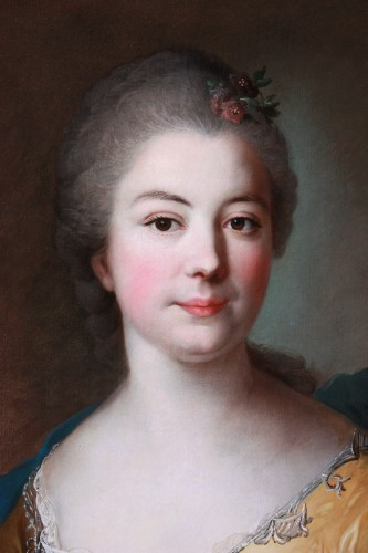 French 18th century portrait of a noblewoman, circle of Jean Marc Nattier -