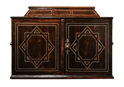 17th century - Early 17th Century Augsbourg Rosewood And Ivory Inlaid Cabinet