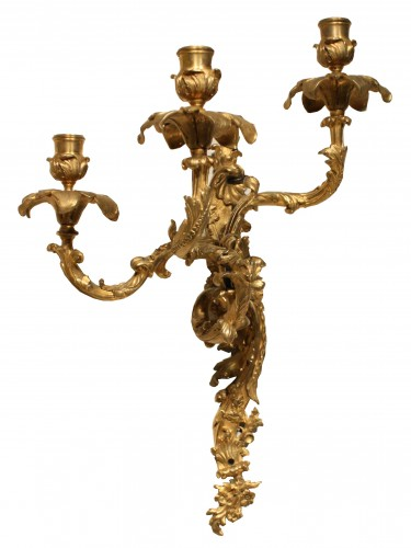 Mid 19th Century Pair Of Fine Gilt Bronze Wall Sconces  - Lighting Style