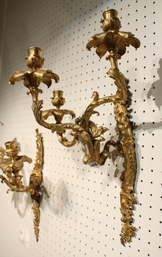 19th century - Mid 19th Century Pair Of Fine Gilt Bronze Wall Sconces