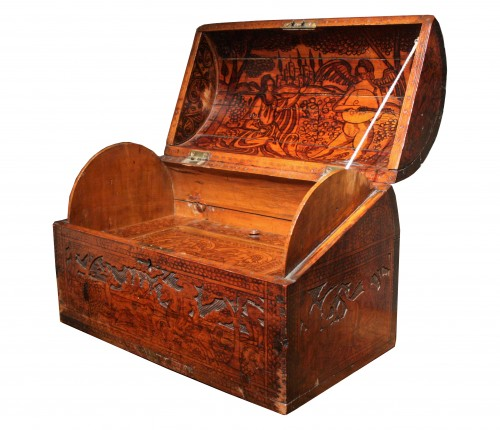 16th C. Venetian Cedar Engraved Casket With Secrets