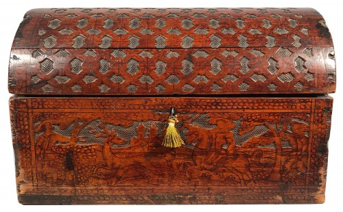 16th C. Venetian Cedar Engraved Casket With Secrets - Curiosities Style Renaissance