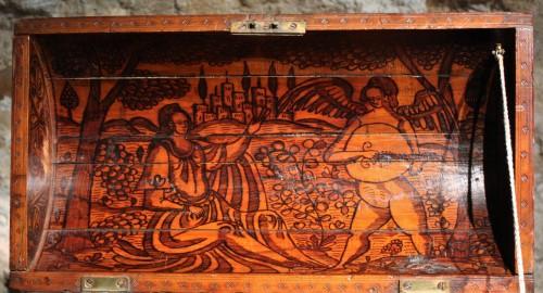 Antiquités - 16th C. Venetian Cedar Engraved Casket With Secrets