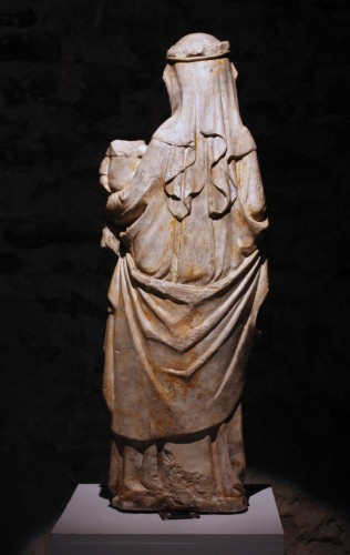 Antiquités - A mid-14th c. stone figure of Virgin and Child