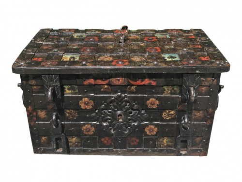 Curiosities  - A 17th c. Nuremberg polychrome iron chest