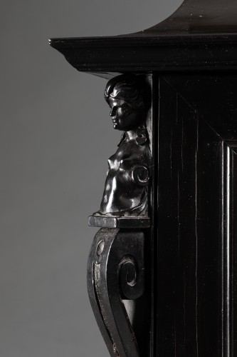 Antiquités - An Antwerp 17th c. ebony jewel cabinet