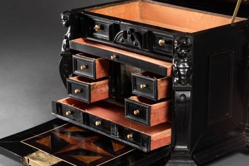 Antiquités - An Antwerp 17th c. ebony jewel cabinet