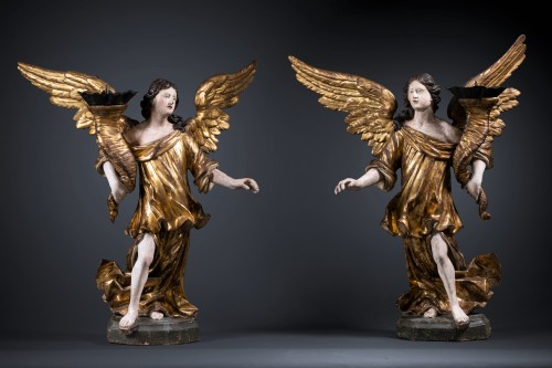 A 17th c. North Italian pair of candle-holder angels - Louis XIII