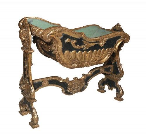 A Carved gilt wood Cradle, Louis XIV, Venice 17th century