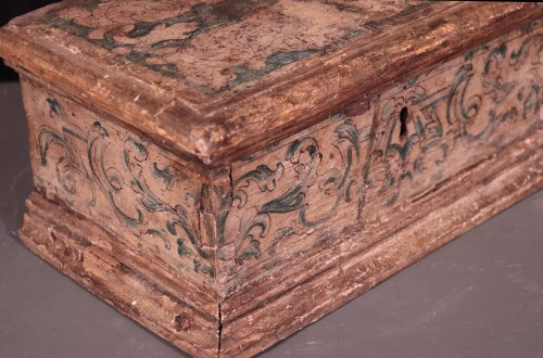 Lacquered Wooden Box, Italy,17th Century -