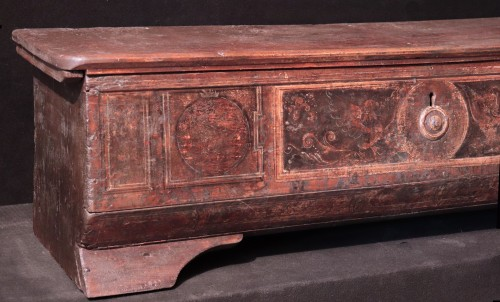 "Furniture  - Chest ""Cassone"" painted, Venice, 16th century"