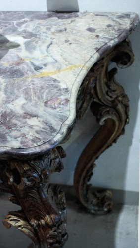 Furniture  - Italian 18th century gilt wood console table