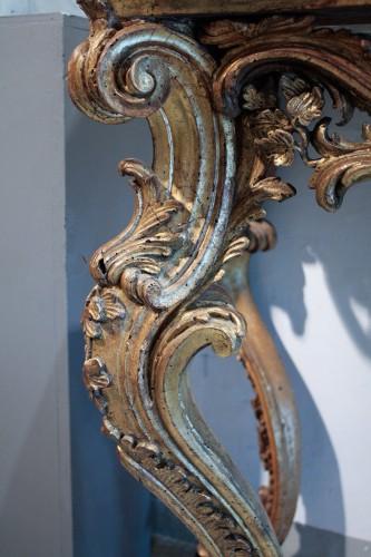 18th century - Italian 18th century gilt wood console table