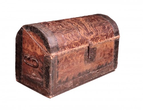 Leather Travel chest, Central Italy, 17th Century
