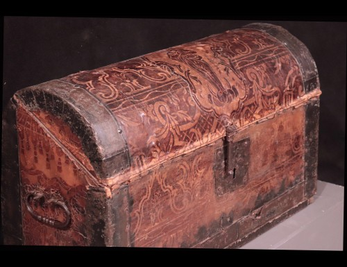 Leather Travel chest, Central Italy, 17th Century - Objects of Vertu Style Renaissance